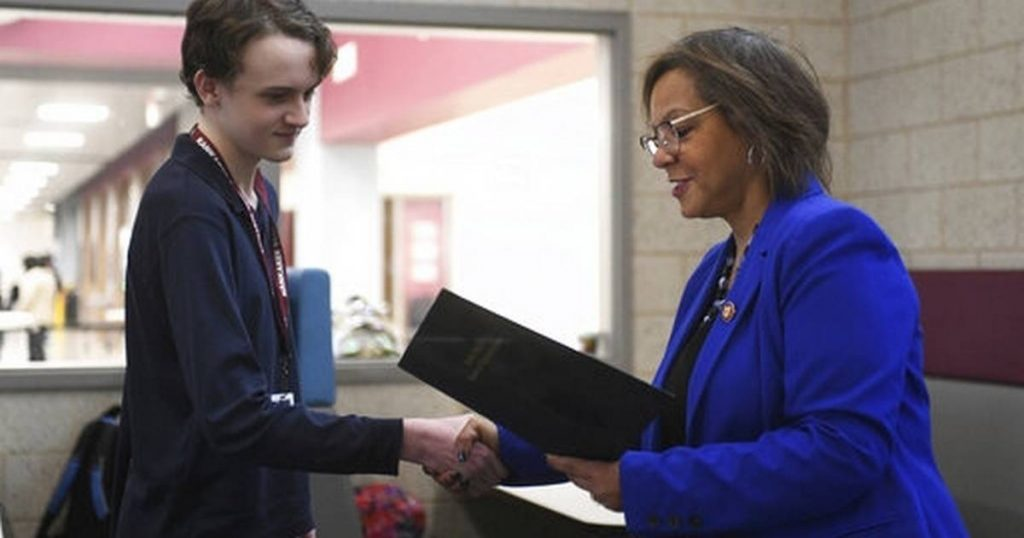 Kankakee teen wins national app challenge two years in a row